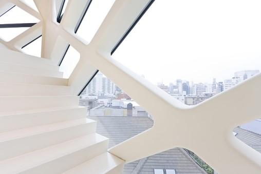 Prada Tokyo by Herzog & de Meuron 05