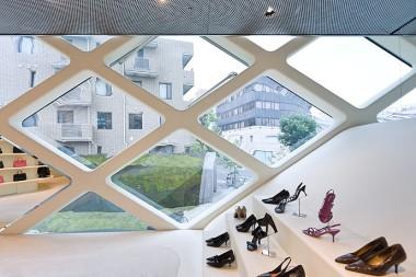 Prada Tokyo by Herzog & de Meuron 13