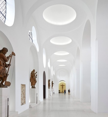 St. Moritz Church, Augsburg by John Pawson 09
