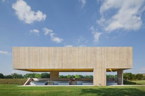 Webb Chapel Park Pavilion by Studio Joseph 01