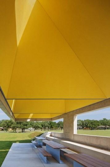 Webb Chapel Park Pavilion by Studio Joseph 06